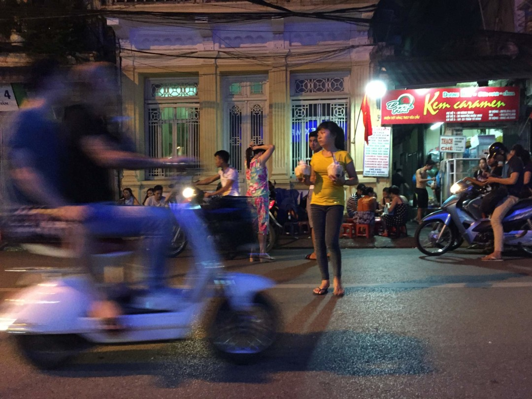 coconut_traffic_hanoi